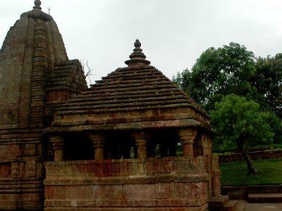Pataleshwar-Temple-1