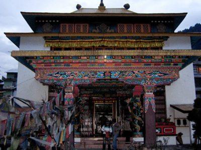 Tibetan-Monasteries_Vivek-Chauhan