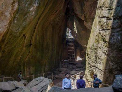 edakkal-caves