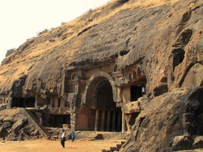 private-tour-kanheri-caves-elephanta-caves-or-karla-and-bhaja-caves-in-mumbai-116696 (2)