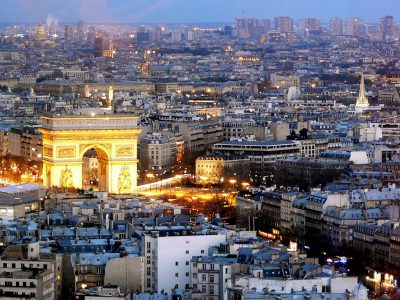 champs-elysees-paris-france-amazingholidaysblr