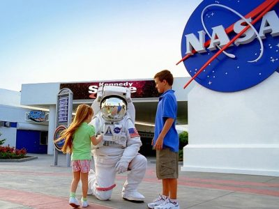 Kennedy-Space-Center-Camp-amazingholidaysblr