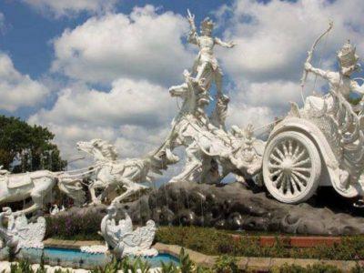 Ghatotkacha-statue-in-Bali-700x376