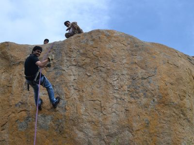 anthargange-day-adventure-rappelling