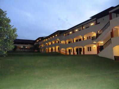 elim-resort